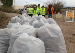 Awesome Volunteers and 31 Bags!
